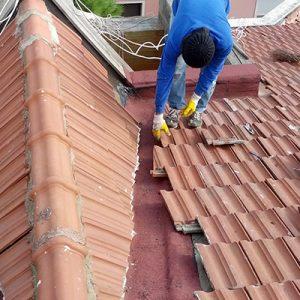 Çatı Tamircisi